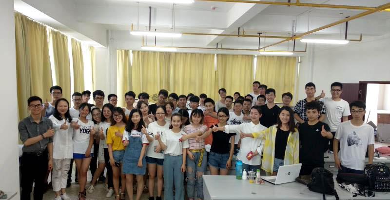 扬帆起航—武汉纺织大学项目实训圆满结束