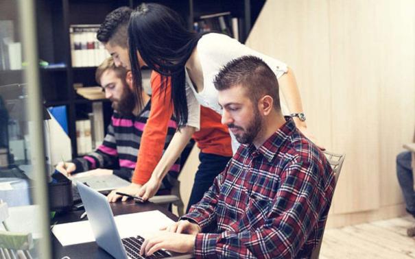 粤嵌毕业学员回访:了解年薪20W+、30W+、40W+的程序员生活状态